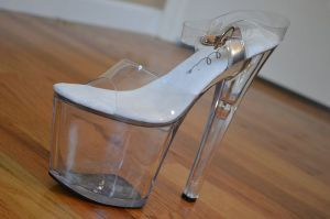shoe glass